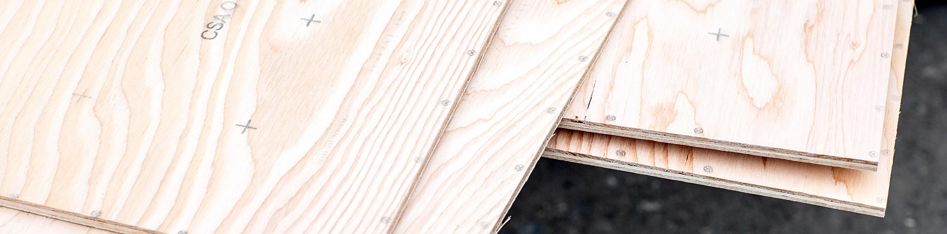 Banner_plywood